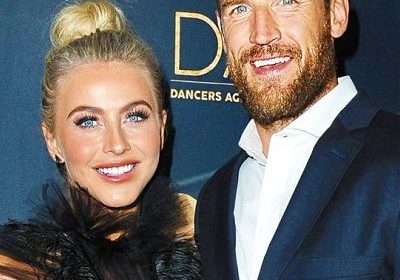 Julianne Hough got rid of her marriage issues with Brooks Laich? Julianne spotted with Ben Barnes