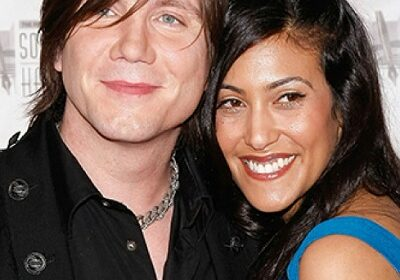 Melina Gallo, the proud wife and mother! Know about this gorgeous spouse of Johnny Rzeznik!
