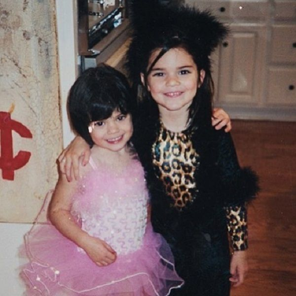 Old picture of Kylie and Kendall on Halloween