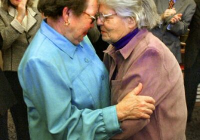 Phyllis Lyon, LGBT rights activist dies at age of 95!