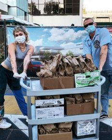 Miley Cyrus and boyfriend Cody Simpson donate tacos for healthcare workers!