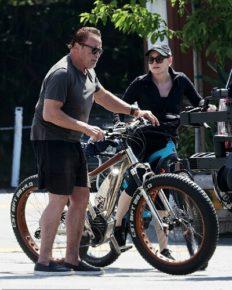 Arnold Schwarzenegger enjoys a bike ride in Santa Monica with girlfriend Heather Milligan!