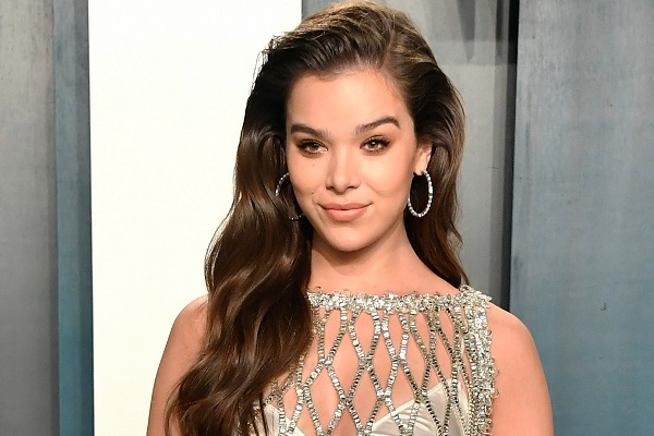 Hailee Steinfeld has released her new EP