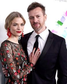 Jaime King wants to divorce with husband Kyle Newman after 12 years! Find about their wedding, son and net worth
