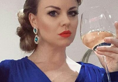 Joanne Clifton has a disastrous date with new boyfriend AJ Jenks!