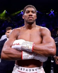 Anthony Joshua has no girlfriend! He talks about what he wants in his romantic partner!