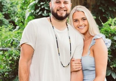 Singer Tyler Filmore is engaged to girlfriend Paige Korte!