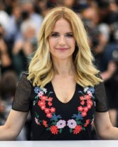 Actress Kelly Preston, the wife of John Travolta dies after battling breast cancer!