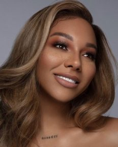 Transgender model Munroe Bergdorf labels JK Rowling dangerous and a threat to the LGBT+ community!