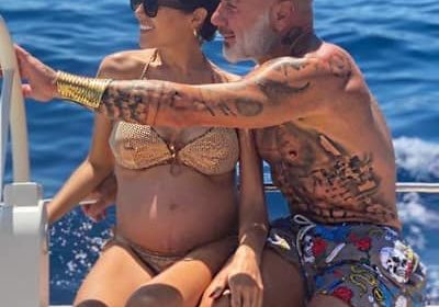 Who is Sharon Fonseca? Her pregnancy with Gianluca Vacchi, 6 skin care tips, social media, biography