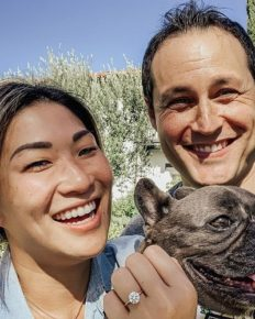 Actress Jenna Ushkowitz is engaged to boyfriend David Stanley!