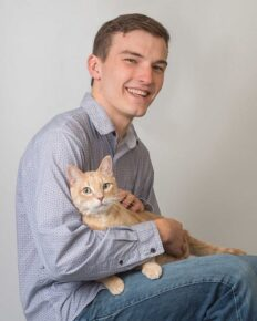 Dateability and attractiveness of men with cats in the profile photos on dating apps!