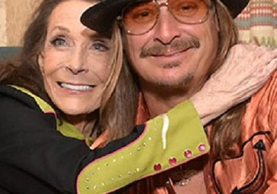 Kid Rock went down on one knee before Loretta Lynn! Are the two engaged?