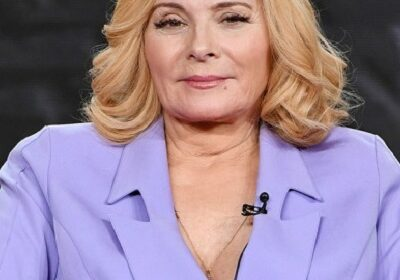 Kim Cattrall, actress talks about aging in Hollywood and how she managed to remain afloat!