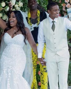 Niecy Nash, lesbian comedian and her surprise wedding with partner, singer Jessica Betts!
